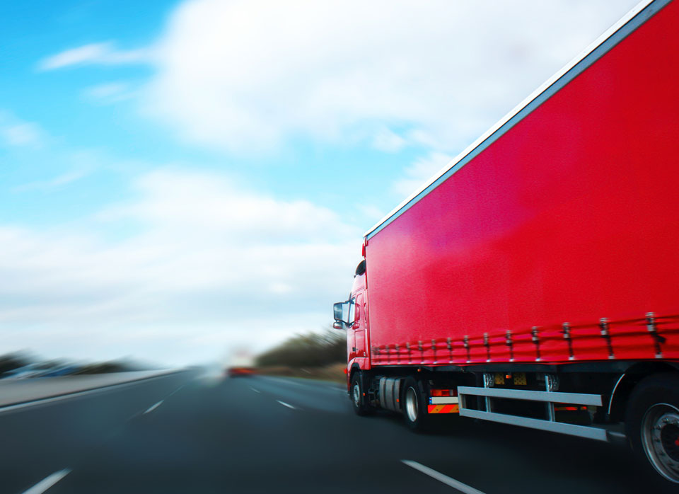red-truck-zoom-2