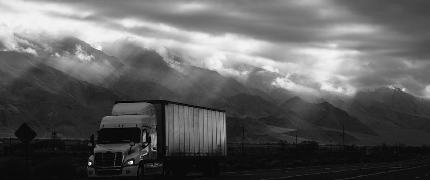 Truck Driving Tips: How to Stay Focused During the Long Drives